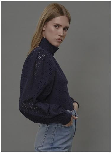 Faraway Bluz Lacivert